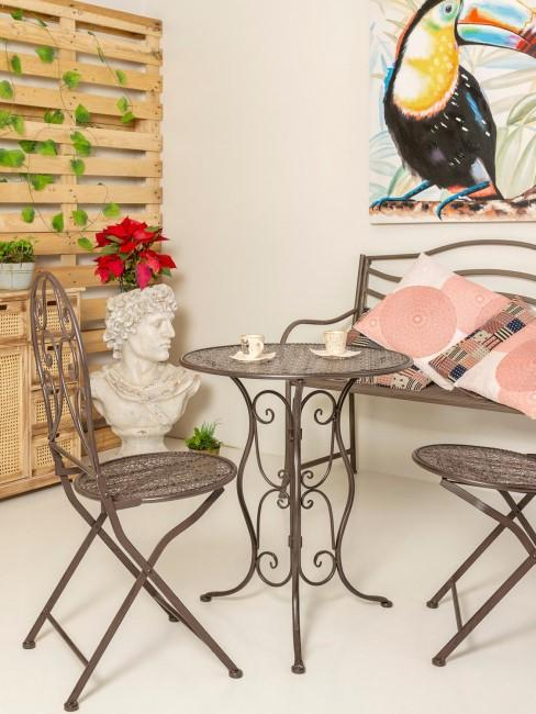 Macetero Nimus, Microcemento, con set de sillas y mesa de metal