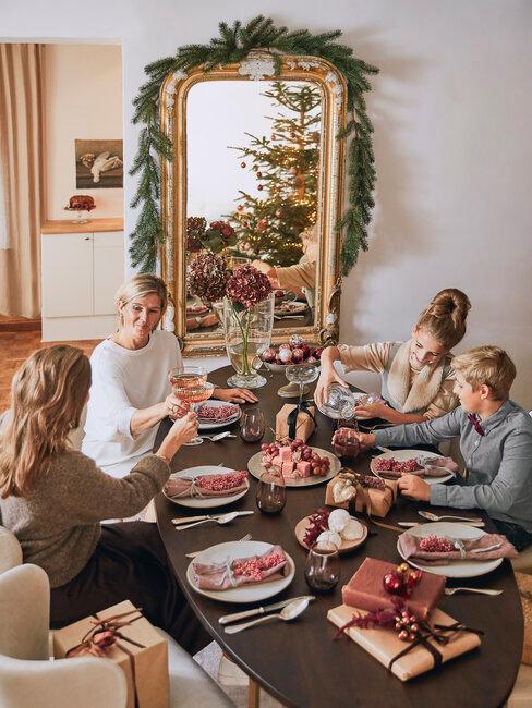 fiesta de navidad con amigas