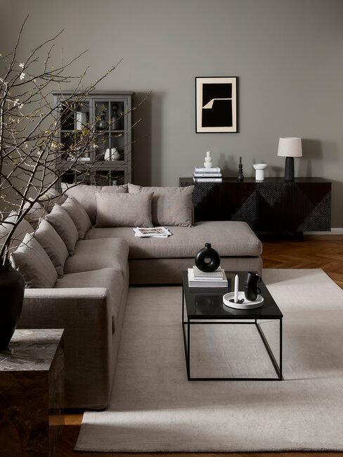 salón en tonos negros y grises moderno