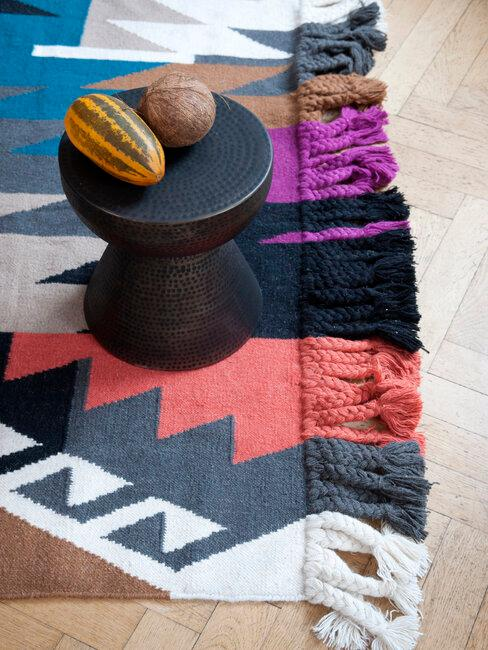 alfombra de colores estilo africano