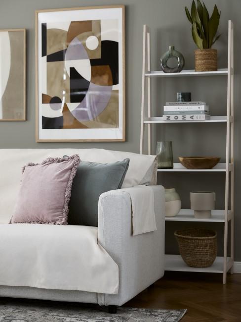 estanteria y sofas
