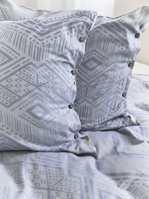 Almohadas azules