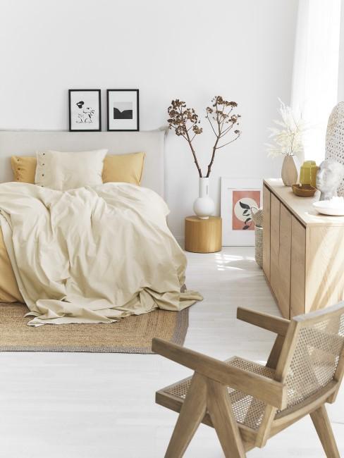 Dormitorio en tonos amarillos