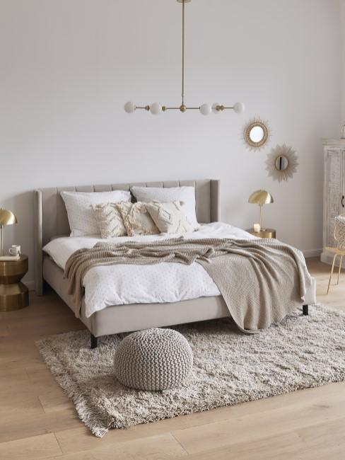Dormitorio en blanoc y beige
