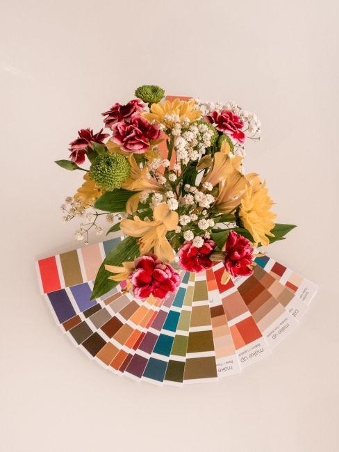 flores con palette de colores