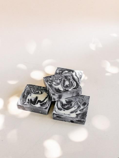 jabones marmol negro
