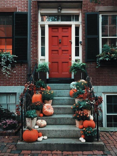 Puerta con decoración de Halloween