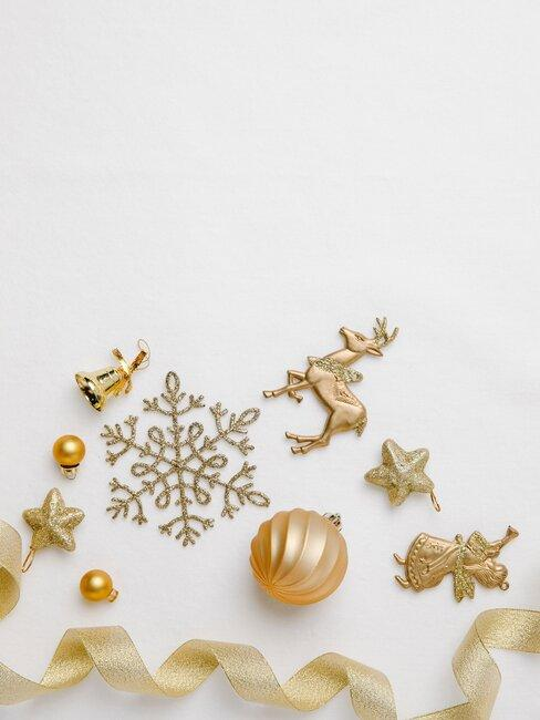 adornos navidenos dorados