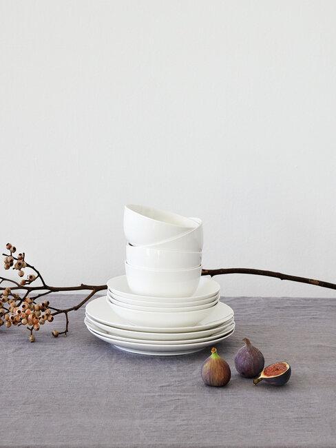 vaisselle blanche moderne