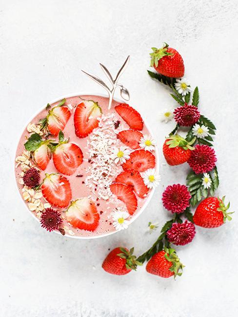 smoothie bowl aux fraises