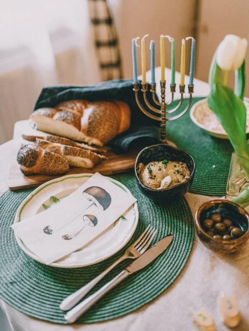 table avec antipasti automne