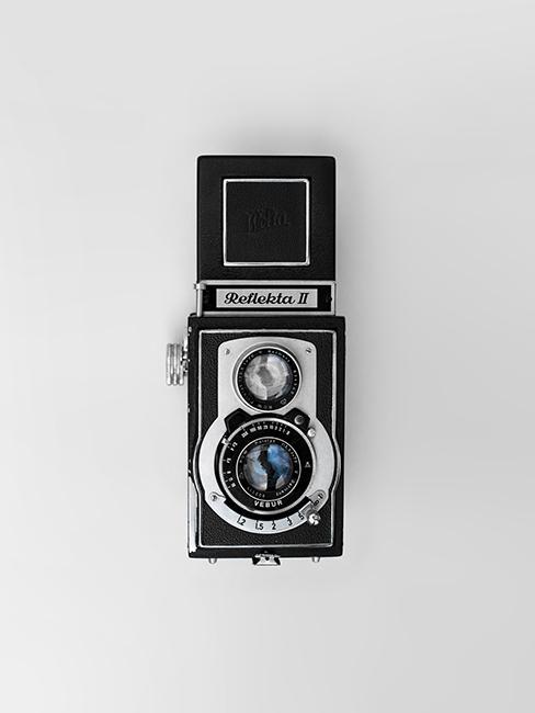 cadeau de mariage original avec un appareil photo argentique rétro