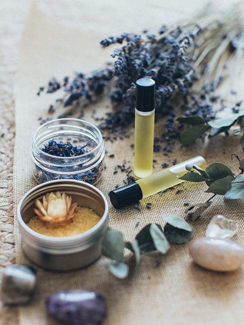 huile de massage et lavande