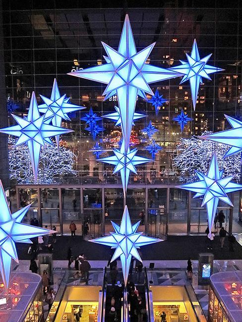 décorations lumineuses extérieures pour Noël en forme d'étoile