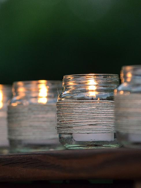 déco de jardin de recup avec bocal en verre