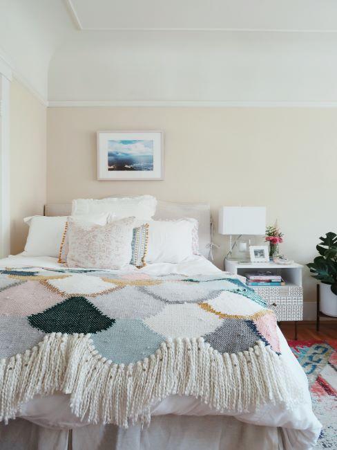 chambre coconning avec plaid en laine