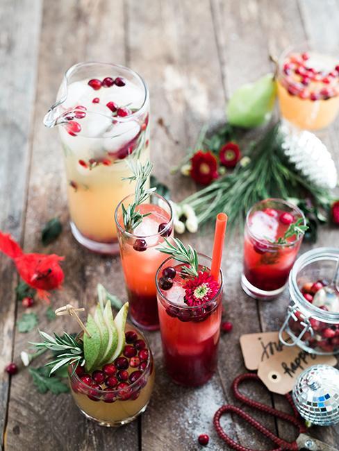 verres avec des cocktails