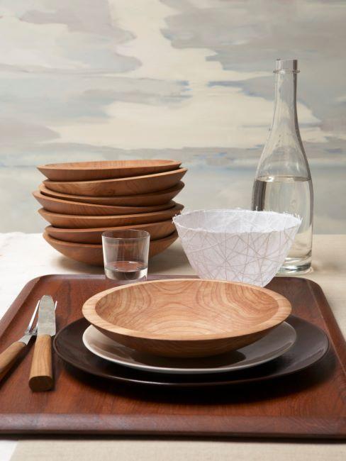 assiettes en bois