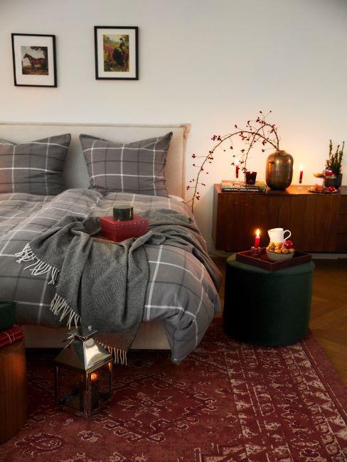 draps de lit gris à carreaux
