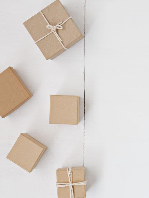5 cartons de livraison