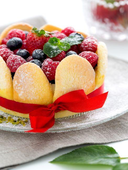 gateau aux biscuits et fruits