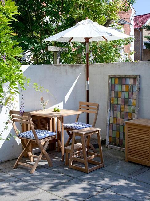 ensemble table pliante et chaises de balcon