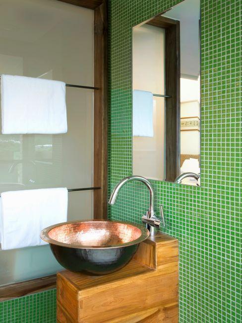 salle de bain verte