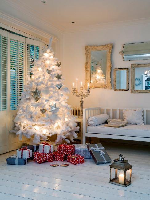 salon, décoration de noel, salon, miroir baroque, miroir mural, cadeaux de noel, Noël