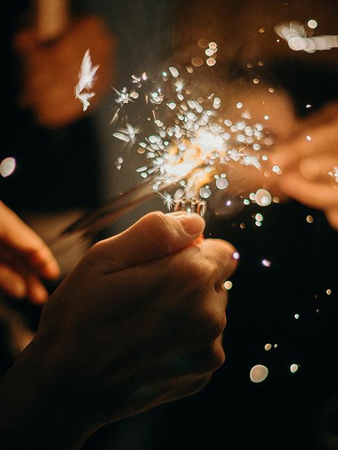 Cierge magique allumé à nouvel an