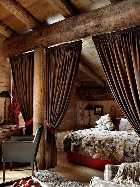 chambre lit fourrure chalet
