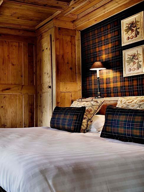 chambre lit bois