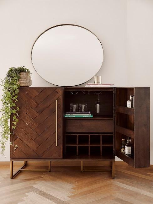 buffet en bois avec grand miroir rond
