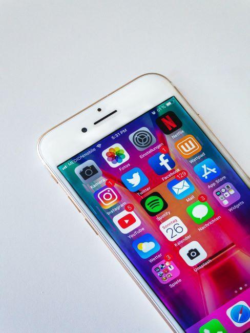 iphone sur écran d'accueil
