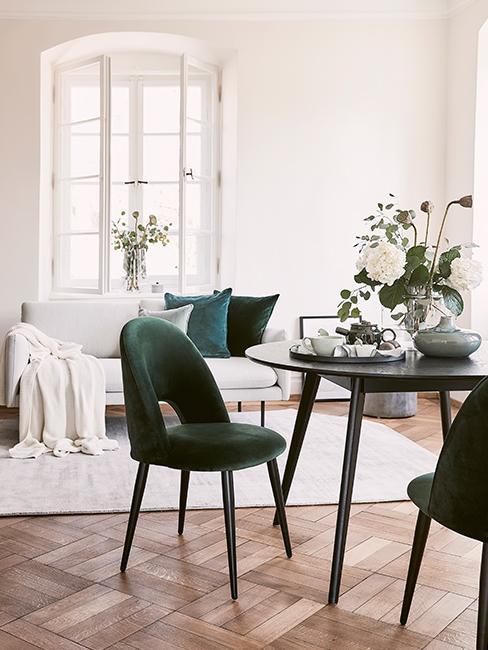 salon et chaise velours vert sapin
