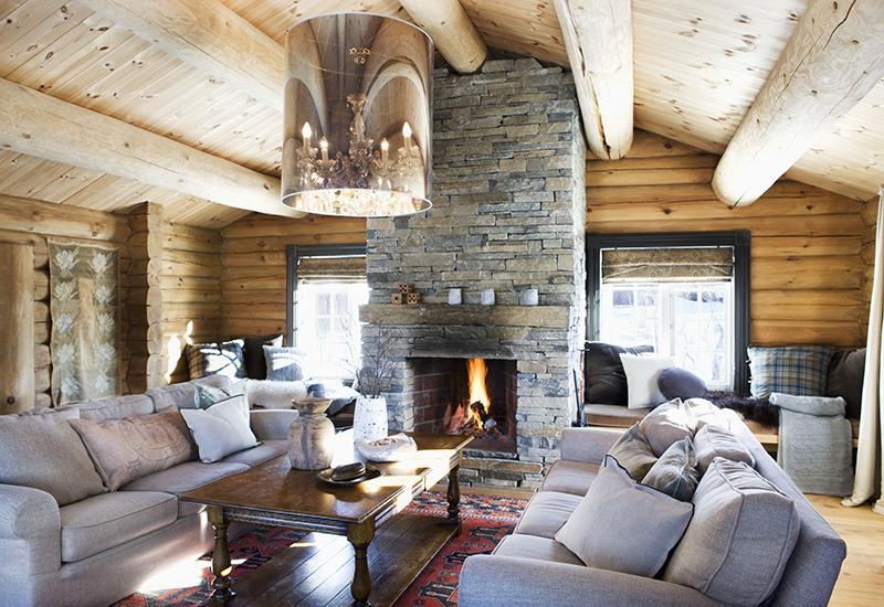 salon rustique avec cheminée en pierre