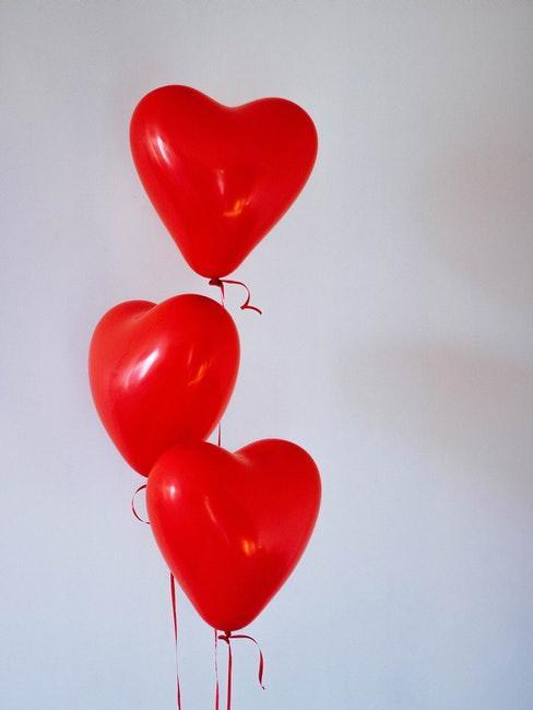 ballons rouge cœur saint valentin