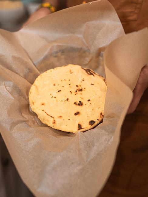 tortilla dans papier cuisson