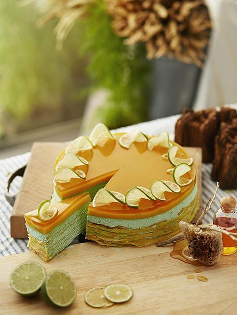 gâteau réalisé avec des crêpes