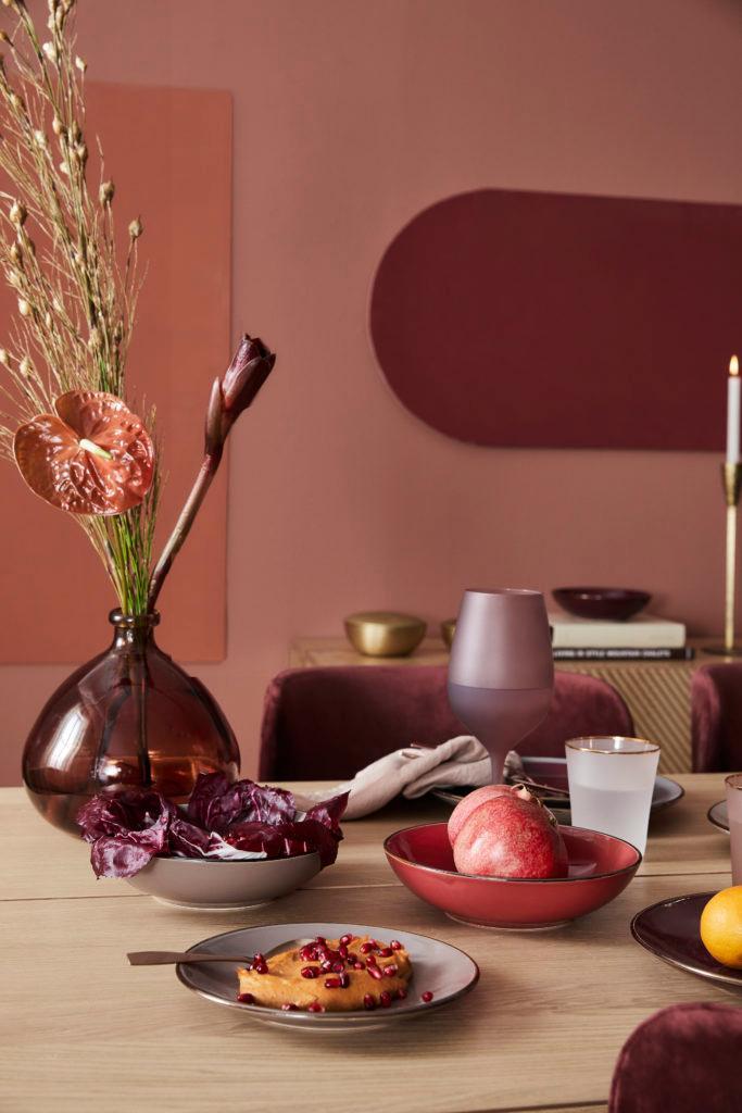 Cuisine moderne avec mur rose