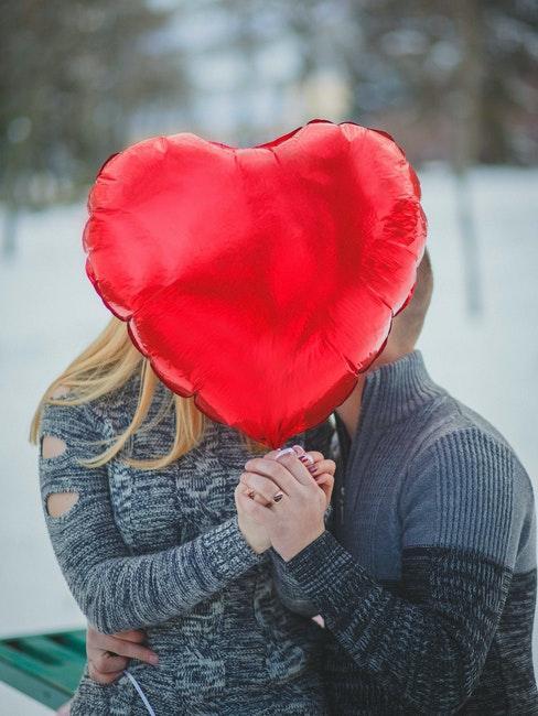 saint valentin, coeur, ballon rouge, amoureux