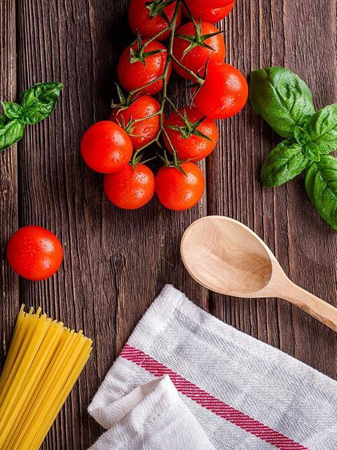 tomate basilic spaghetti