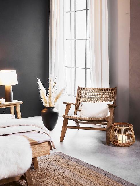 contrast couleur grège et gris, herbe de pampas, chaise cannage