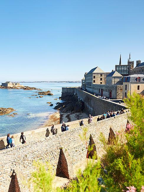 ©aLamoureux - Promenade sur les remparts de Saint-Malo