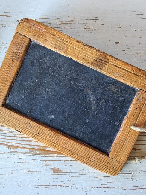 petite tablette en ardoise à accrocher