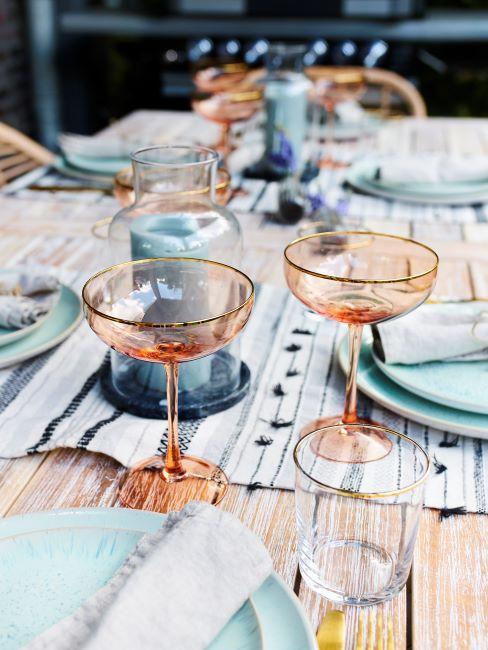 décoration de table d'été, verre