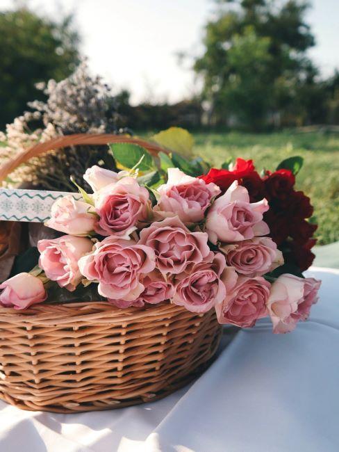 Panier de roses, pique-nique