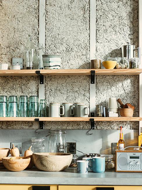 cuisine avec étaère en bois