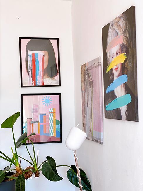 mur de cadres colorés
