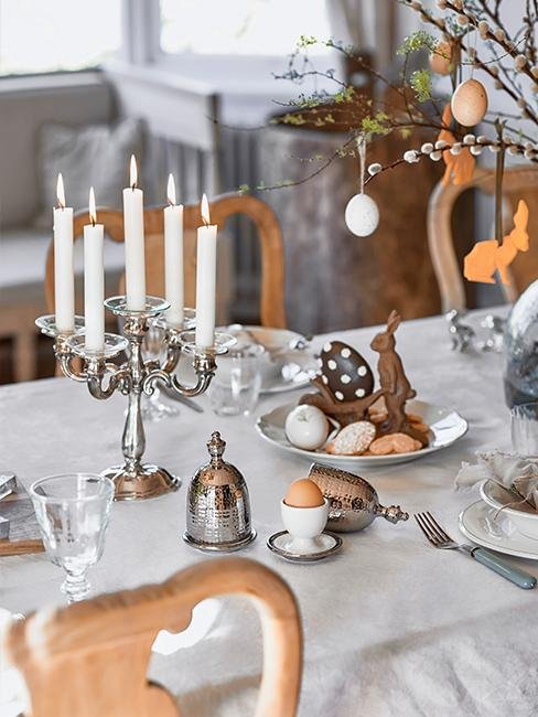 chandelier-table-paques