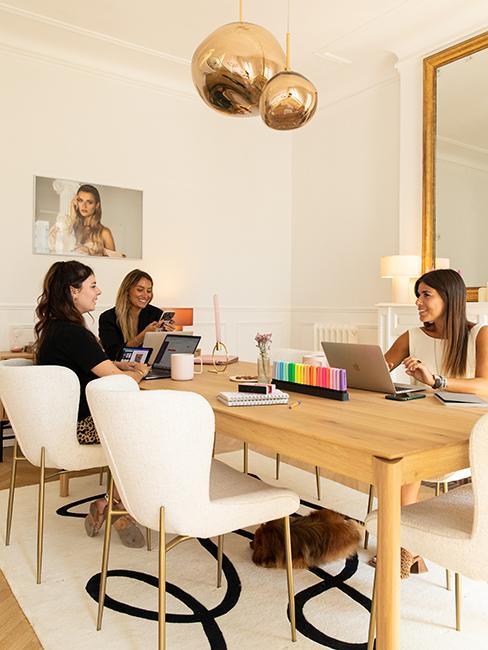 Espace co-working, Bureau Maison dorée @chloebbbb